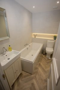 bath in Lambsquay House, luxury self catering apartments in the Forest of Dean