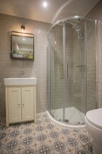 shower in Lambsquay House, luxury self catering apartments in the Forest of Dean