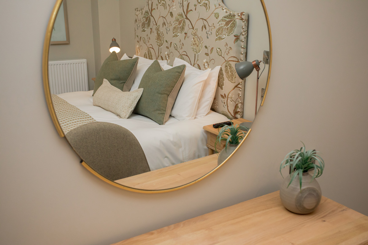 mirror in Lambsquay House, luxury self catering apartments in the Forest of Dean